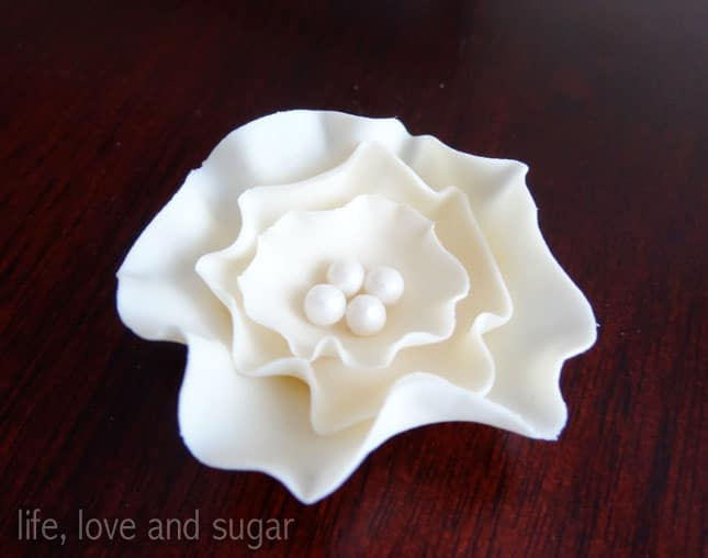 image of ruffled fondant flower