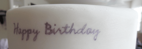 tutorial for writing painting text on fondant cake