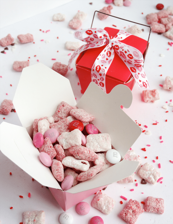 Valentine\'s Day Strawberries and Cream Puppy Chow - Life Love and ...