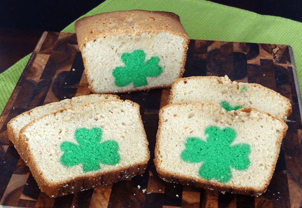 St. Patrick's Day Peek A Boo Pound cake {with a hidden 4 leaf clover!}