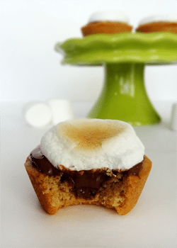 Peanut Butter, Nutella and Marshmallow Cookie Cup