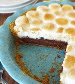 Smores_Chocolate_Pie_featured