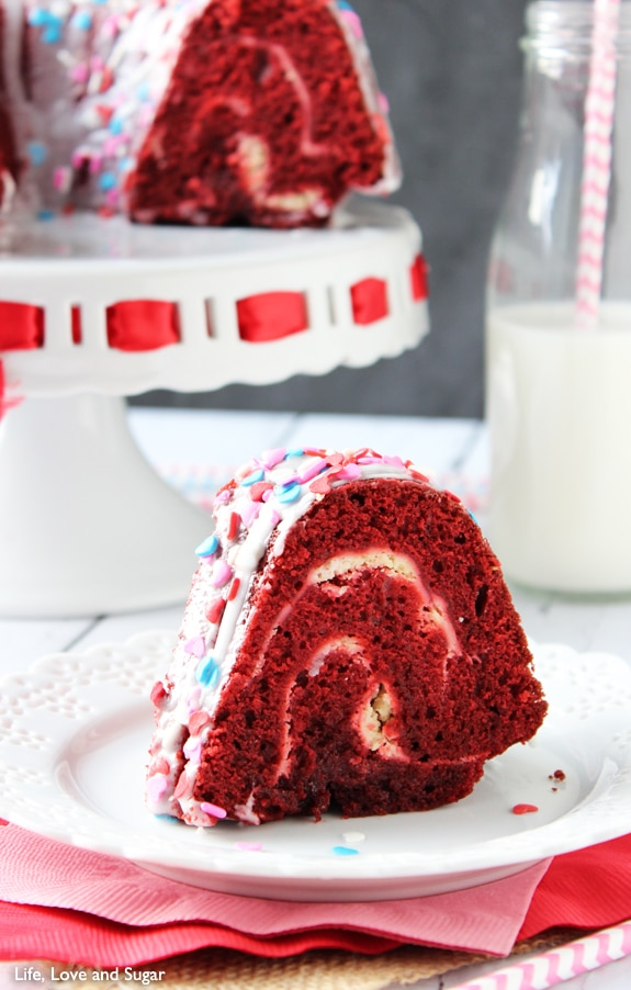 Red Velvet Cheesecake Bundt Cake