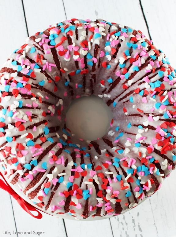 Red Velvet Cheesecake Bundt Cake