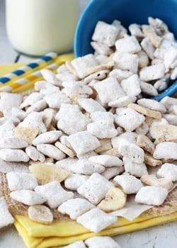 Banana_Pudding_Puppy_Chow-featured