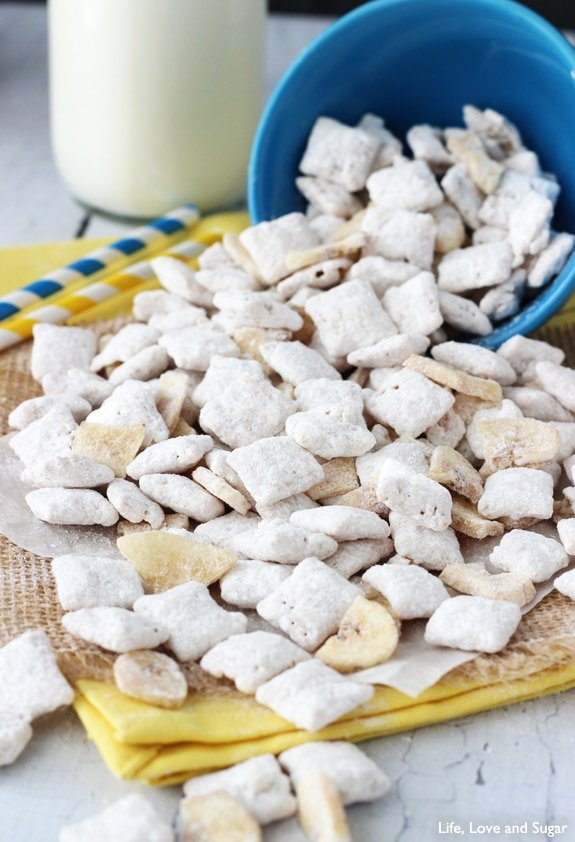 Image of Banana Pudding Puppy Chow