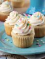 Perfect_Moist_Fluffy_Vanilla_Cupcakes6