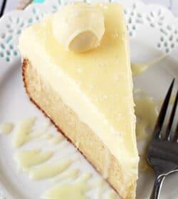 White_Chocolate_Truffle_Cake-featured