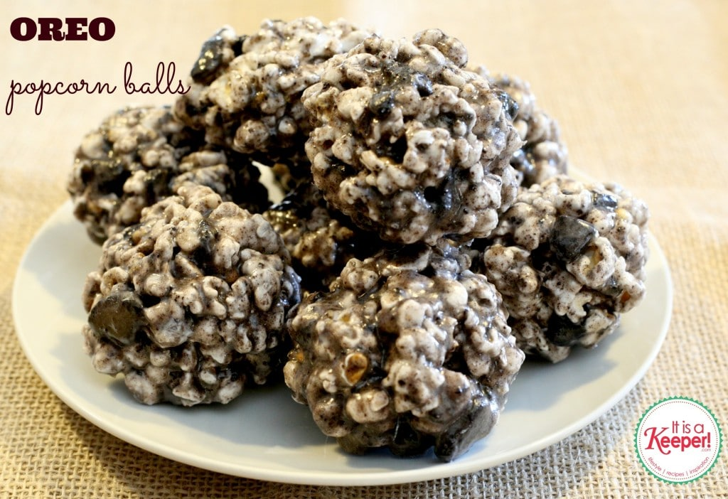 Oreo Chocolate Chunk Cookies by I Heart Eating