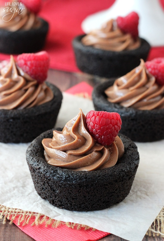 Close-up of Nutella Cheesecake Chocolate Cookie Cups