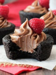 Nutella_Chocolate_Cookie_Cups-featured