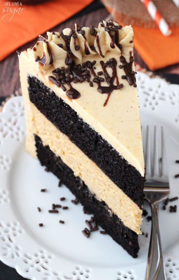 Pumpkin Chocolate Cheesecake Cake