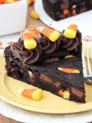 Candy_Corn_Chocolate_Chip_Cookie_Cake-featured