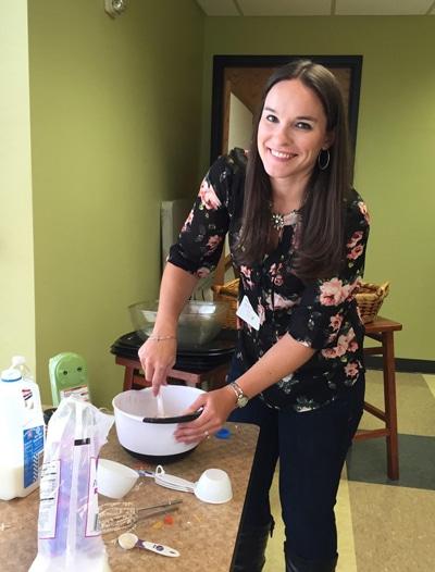 mixing-cupcakes