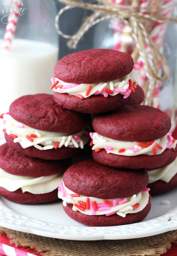 Schön Red Velvet Cookie Sandwiches   With Cream Cheese Icing! Made A Pudding Mix  So They