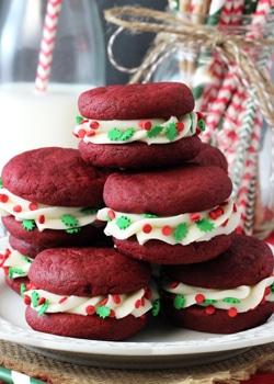 Red_Velvet_Cookie_Sandwiches-featured
