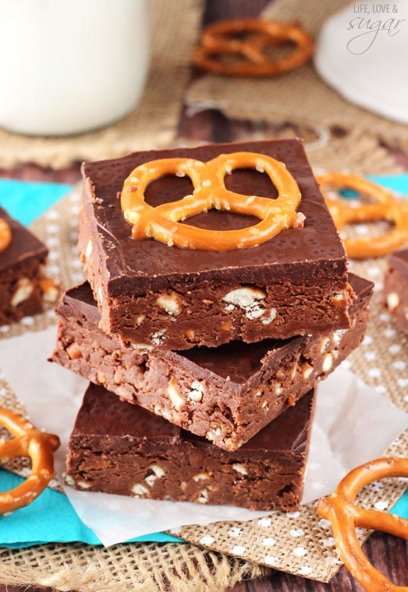 Nutella Pretzel Bars! These no bake bars are easy to make and delicious!