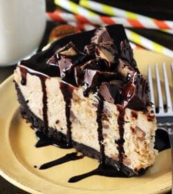 Reeses_Peanut_Butter_No_Bake_Cheesecake-feaured