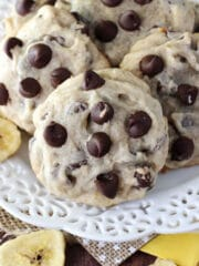 Banana_Chocolate_Chip_Cookies-featured