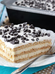 Cannoli_Poke_Cake-featured