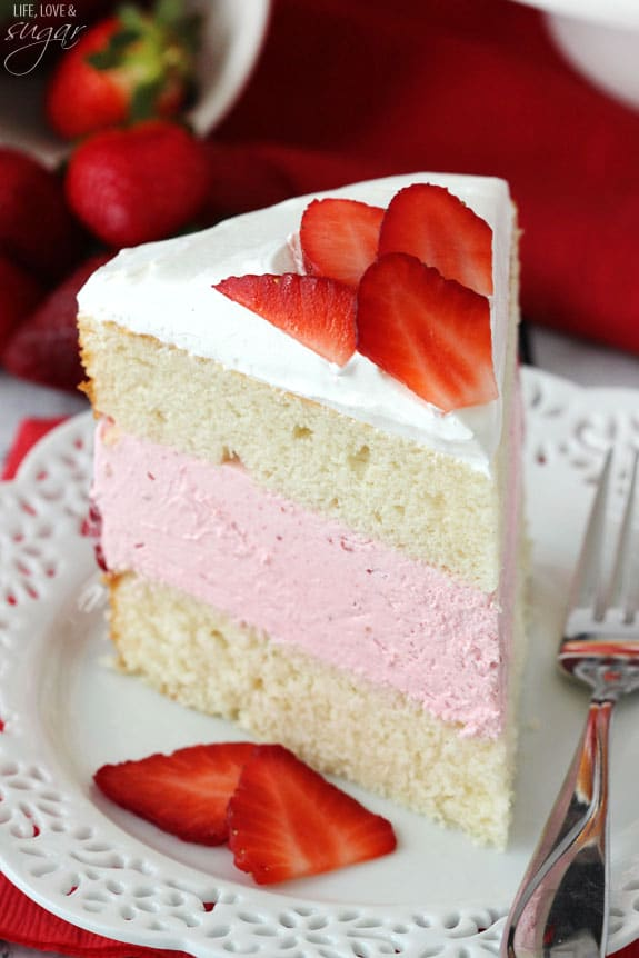 Cake Ice Cream On Top : Strawberry Ice Cream Cake - Life Love and Sugar