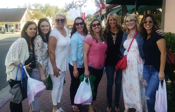 A Group Photo of Eight Food Bloggers in Santa Barbara