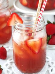 Image of a Glass of Strawberry Vanilla Sweet Tea