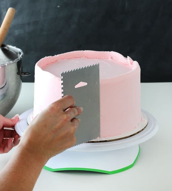 How To Frost A Smooth Cake With Buttercream Life Love And Sugar
