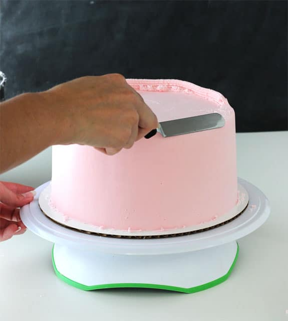 When Should You Frost A Cake
