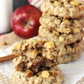 Image of Apple Cinnamon Oatmeal Cookies