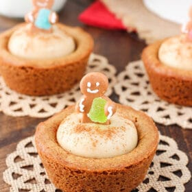 Gingerbread Cheesecake Cookie Cups