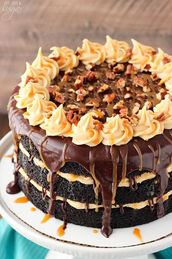 Turtle Chocolate Layer Cake Layers Of Moist Caramel Icing Ganache