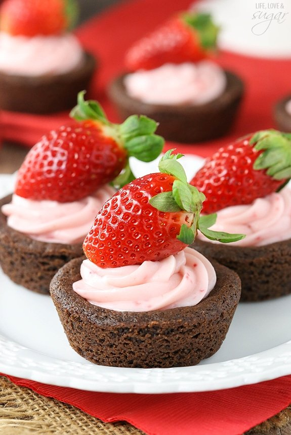 image of Strawberry Cheesecake Chocolate Cookie Cups