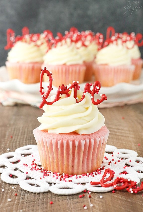 How To Make Cream Cheese Frosting For Strawberry Cake