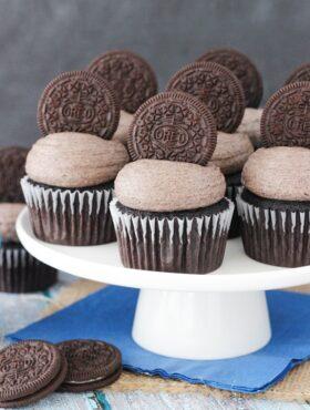 image of Oreo Chocolate Cupcakes on cake stand
