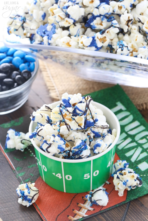 Super Bowl Party! Team colors popcorn and more recipes and ideas!