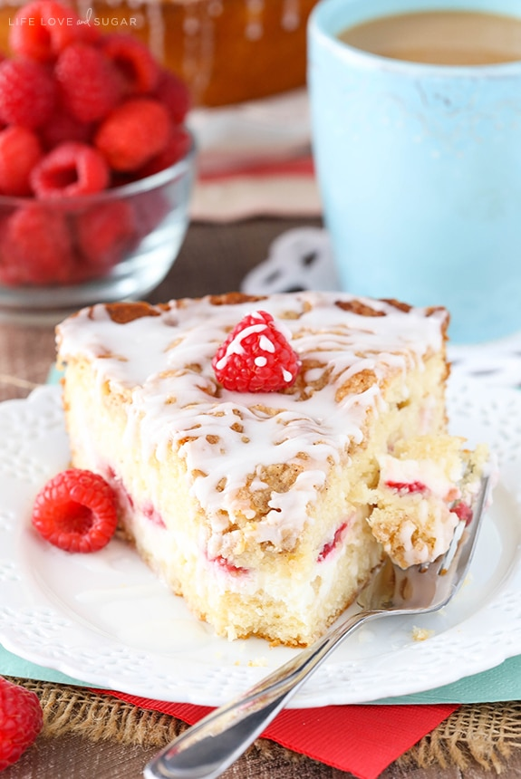 Raspberry Cream Cheese Coffee Cake - raspberries and sweet cream cheese filling layered into a soft and moist streusel topped coffee cake!