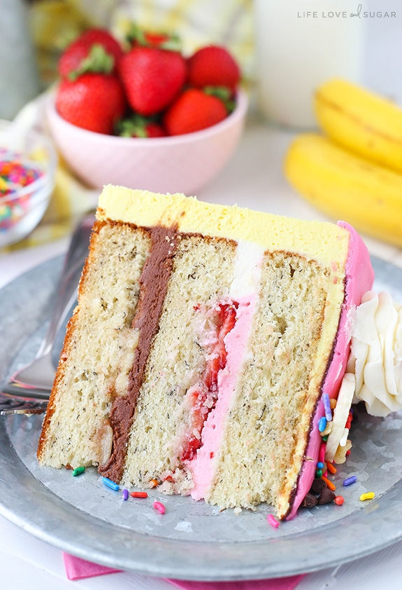 Banana Strawberry Cake Mix
