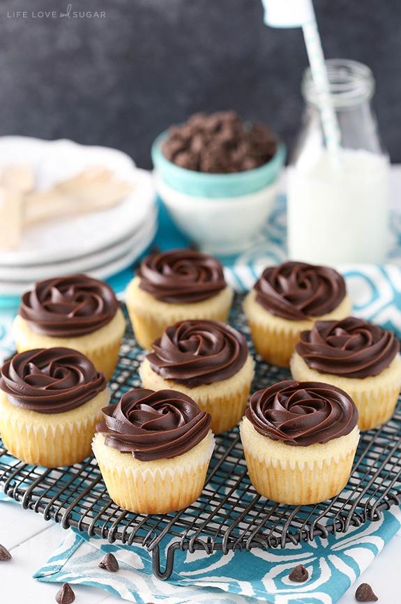 Boston Cream Pie Cupcakes Life Love And Sugar