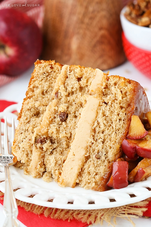 Cinnamon Apple Cake With Caramel Sauce