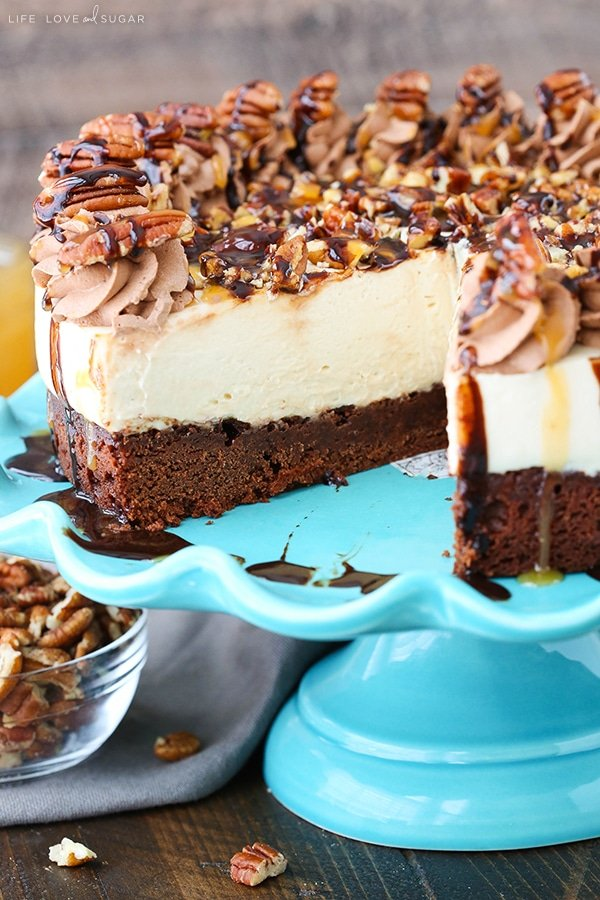Easy Turtle Brownie Cheesecake