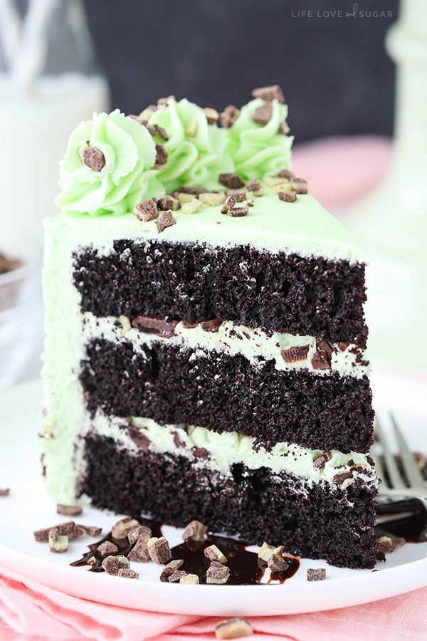 love cake decorating ideas.htm mint chocolate chip layer cake a mint lover s dream dessert   mint chocolate chip layer cake a mint