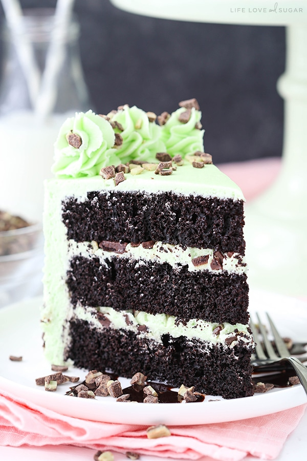 Easy Mint Chocolate Chip Layer Cake