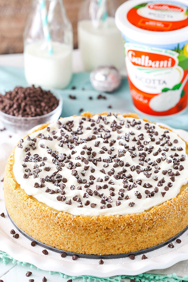 Easy Cannoli Cheesecake Recipe