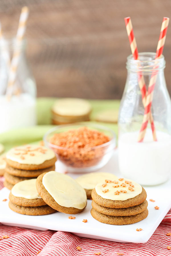 Gingerbread Cookies with Eggnog Icing! The perfect Christmas cookie!