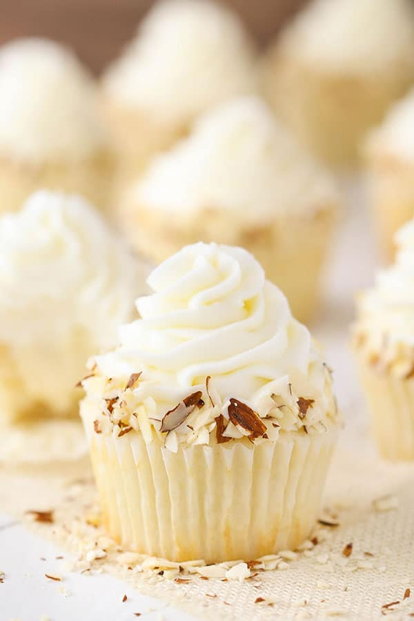 Best Almond Amaretto Cupcakes