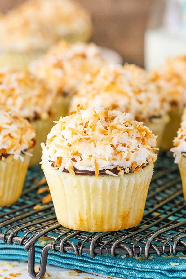 Easy best Coconut Macaroon Cupcakes