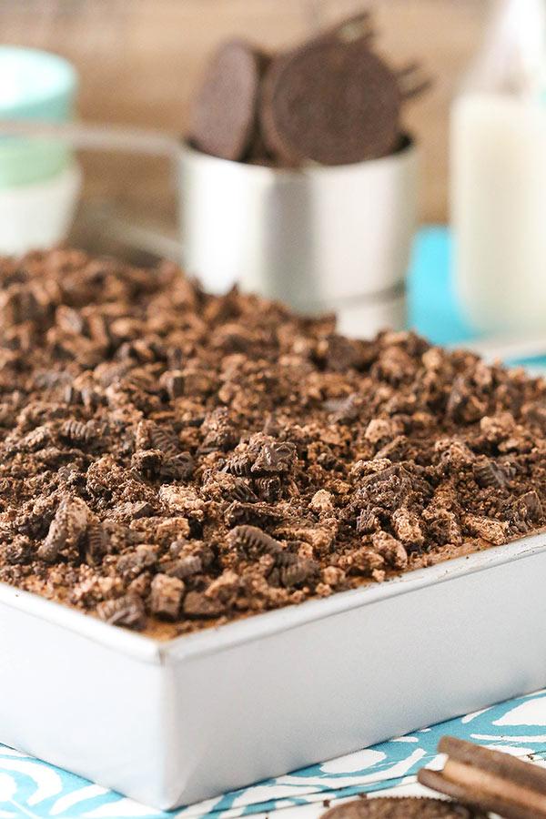 Oreo Chocolate Poke Cake recipe
