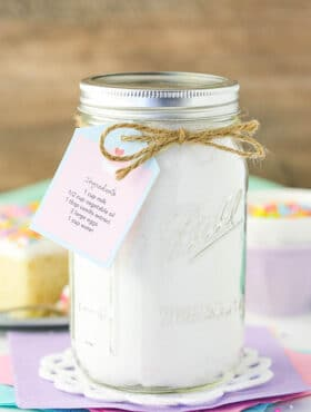 Homemade Vanilla Cake Mix in jar