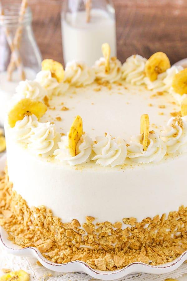 Cake With Cream Layer : Banana Cream Layer Cake - Life Love and Sugar